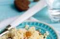 Aposte em cores contrastantes -Quer comer menos purê de batata? Então não escolha um prato branco. O ideal é apostar em louças com cores que contrastem bastante com a comida. De acordo com um estudo publicado no Journal of Consumer Research, o ato pode ajudar a inibir a vontade de fazer uma grande montanha de comida