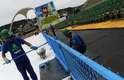 A pintura na estrutura da Marquês de Sapucaí, no Rio de Janeiro, foi reforçada nesta segunda-feira (28), com vários profissionais espalhados por toda a área do sambódromo. A força-tarefa tem como intuito preparar o local para o Carnaval, que começa em 8 e 9 de fevereiro, com o desfile do Grupo de Acesso. Nos dias 10 e 11, será a vez do Grupo Especial