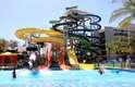 Beach Park, Fortaleza, CE: a 15 minutos de Fortaleza, o complexo de Beach é formado pelo parque aquático Aqua Park e três hotéis e resorts para receber os numerosos visitantes. O Aqua Park tem mais de 70 brinquedos para curtir o sol do nordeste com adrenalina e diversão. Piscinas, rios e toboáguas como o Insano, no qual se atinge uma velocidade de 104 km/h encontram se entre as numerosas atrações