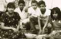 """Hugo Rafael Chávez Frías, 58 anos, está à frente da revolução bolivariana na Venezuela desde 1999. Nascido na cidade de Sabaneta, o """"comandante"""" terminou a escola e já ingressou na Academia Militar. Alguns desses momentos da vida do presidente podem ser vistos nessa série de fotos históricas divulgadas no Twitter pelo ministro da Informação do país, Ernesto Villegas"""