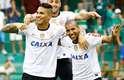 Com gol de Paolo Guerrero no começo da partida, Corinthians vence o Guarani em Campinas por 1 a 0 e permanece entre os primeiros colocados do Campeonato Paulista