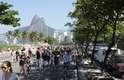 Durante o protesto, o grupo de ciclistas saiu do Posto 11, no Leblon, e pedalou até o Posto 8, em Ipanema. No local, eles deixaram uma 'bike fantasma'