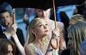 A 66ª edição do Festival de Cannes começou nesta quarta-feira (15). Debaixo de muita chuva, atores e diretores desfilaram pelo tapete vermelho. O filme inaugural do festival foi 'O Grande Gatsby'. Na foto, a atriz Carey Mulligan