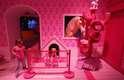 A atração, que também tem versão na Flórida, nos Estados Unidos, é uma réplica em tamanho real do que seria a casa de Barbie