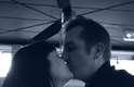 No mês de junho, o casal que pedir um cafezinho, que custa R$ 7,12 cada, segundo o gerente Philippe Valet, pode pagar a conta com o gesto de amor. Se você beija o parceiro, economiza $ 7 (R$ 14,24), contabilizou