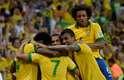O time comemora o segundo gol da partida, aos 48min do segundo tempo