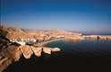 3.Bandar Jissah, OmãPróxima à Mascate, capital do Omã, a praia de Bandar Jissah é um pequeno paraíso intocado de areias brancas rodeadas pormontanhas que servem como pano de fundo