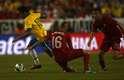 Neymar e Raúl Meireles (esq.) marcaram gols no primeiro tempo do amistoso