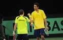 Números 4 e 11 no ranking de duplas da ATP, Bruno Soares e Marcelo Melo fizeram valer o favoritismo diante da dupla alemã Martin Emmrich e Daniel Brands e venceram o duelo deste sábado por 3 sets a 0, com parciais de 6/3, 6/4 e 6/4. Com a vitória, os brasileiros diminuiram a desvantagem no confronto de repescagem da Copa Davis para 2 a 1