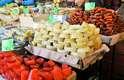 O lugar é ideal para aqueles que querem comprar salames e linguiças. Também é um dos poucos pontos da capital onde se pode encontrar o famoso queijo de Oaxaca. Construído em 1863, ele completa 150 anos em 2013