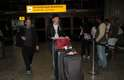Candice Swanepoel desembarcou no Brasil na tarde desta segunda-feira (28)