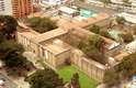 O museu funcionou em quatro outros imóveis antes de ser finalmente instalado no prédio atual, onde até 1946 funcionou a principal prisão de Bogotá