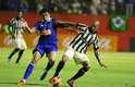 Vitória começou o jogo mais concentrado e botou pressão contra o Cruzeiro