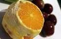 Também suas oito frutas são todas são cortadas sem a casca, o que deixa o coquetel bem colorido e atraente. Confira passo a passo a seguir; é bem simples