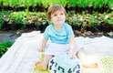 O ensaio Smash The Cake está famoso entre as mamães que querem fotos diferentes dos filhos. Nessa sessão de fotos tudo pode acontecer. Os bebês ficam livres para brincar com o bolo e se lambuzar. O resultado são fotos lindas, com muitos sorrisos e caretinhas