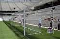 10 de março de 2014:Arena da Baixada entra em fase final de obras, com instalação de traves, demarcações no gramado e reformas de acabamento no estádio e no entorno