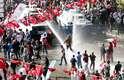 Outubro de 2012 - o governo de Ankara proíbe uma marcha planejada para o Dia da República, sob a alegação de que serviços de segurança do Estado receberam a informação de que grupos pretendiam causar tumultos. Ainda assim, milhares de pessoas, incluindo o líder do maior partido da oposição, desconsideram a ordem e desafiaram os policiais, que reagiram com lançamento de jatos d'água