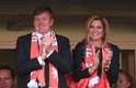 Coloridos, os torcedores da Austrália e da Holanda se divertiam no Estádio Beira Rio, em Porto Alegre, nesta quarta-feira