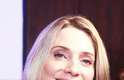 Para dar vida à Gilda na nova trama das seis, Letícia Spiller aposta em peelings e lasers. Segundo a atriz, os procedimentos deixam a cútis mais firme e livre de manchas. Aos 40 anos, ela também usa protetor solar e um creme para prevenir rugas e reduzir as linhas finas