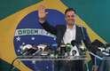 O candidato à presidência Aécio Neves, do PSDB, discursa após apuração do primeiro turno