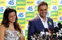 23/10/2014 - Aécio Neves participou de entrevista coletiva no Rio de Janeiro, acompanhado da filha Gabriela
