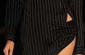 A grife Uma apresentou nesta segunda-feira (13), no primeiro dia de desfiles do SPFW, as tendências de sua nova coleção para o verão 2016. A estilista Raquel Davidowicz apostou na roupa unissex, com foco principalmente na camisaria e em peças transparentes
