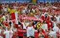 Torcida polonesa faz a festa em Kazan, antes do jogo entre Polônia x Colômbia, valendo a sobrevivência na Copa do Mundo