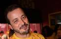 O apresentador e humorista Rafael Cortez circulou pelo Sambódromo