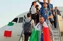 Jogadores da Itália desembarcam em Fiumicino após título da Euro