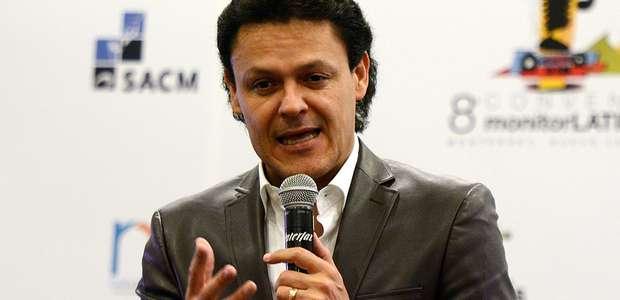 Pedro Fernández pide impulso urgente a la música ranchera