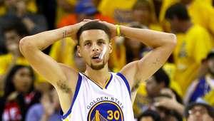 Não fiz o suficiente para que a equipe ganhasse, diz Curry