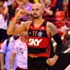 Flamengo atropela Bauru e fica a uma vitória do título