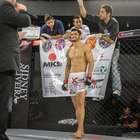 Atleta da Chute Boxe Diego Lima mira título peso-leve