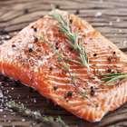 Meia-idade? Veja os alimentos ideais para homens e mulheres