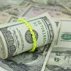 Bolsa se desploma 1.50% y dólar sube a 17.26 pesos
