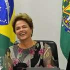 Dilma se reúne com líderes da base e pode visitar Congresso