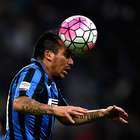 Históricos del Inter alaban faceta defensiva de Gary Medel