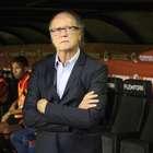 Após eliminação, Paulo Roberto Falcão é demitido do Sport