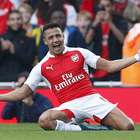 Alexis Sánchez maravilló en el Arsenal que golea al United