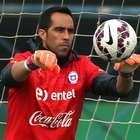 Bravo arriba a Chile para sumarse a los trabajos de la Roja