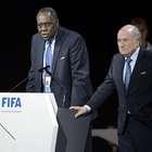 El reemplazante interino de Blatter y su historial negativo