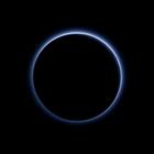 Plutón tiene cielo azul y agua congelada, revela NASA