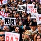 Milhares protestam na Espanha contra a guerra na Síria
