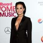 Demi Lovato presume sus atributos en Snapchat (FOTOS)