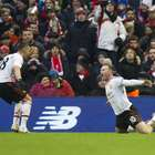 Rooney anota de nuevo y Man United vence a Liverpool