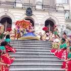 Maracatu é tradição no desfile de carnaval de Fortaleza