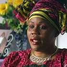 Mulher aparece em seu próprio funeral e surpreende marido