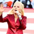 Luce un blazer como el de Lady Gaga en el Super Bowl 50