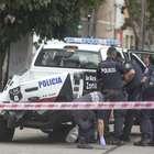 Policía choca auto estacionado y le amputa pierna a joven