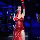 Katy Perry desnuda por votos, música y más